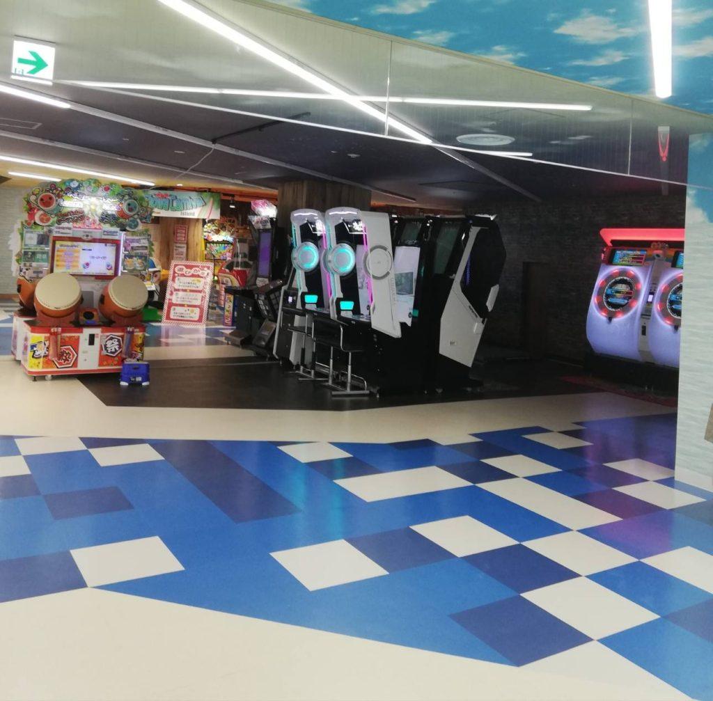 キテミテマツド音ゲーゲームセンター