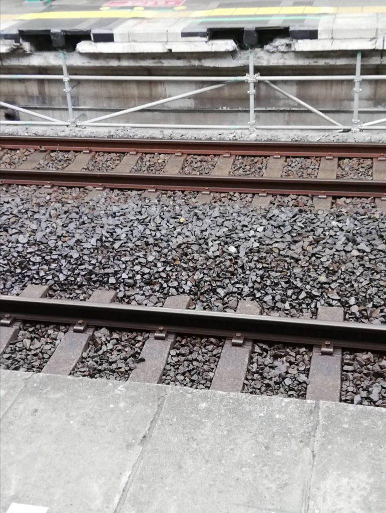 ホームドア松戸駅