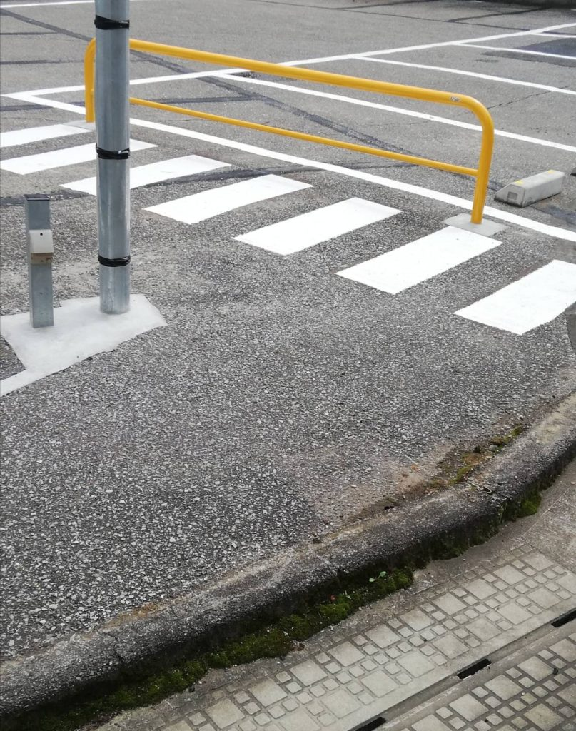 松戸税務署駐車場対面