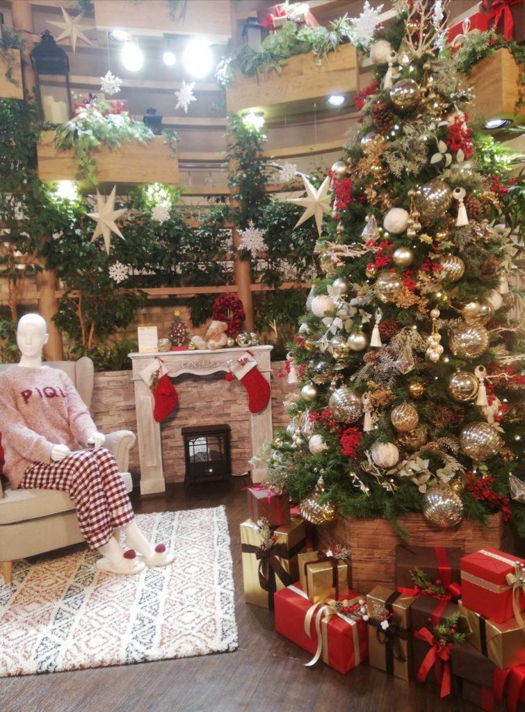 アトレ松戸クリスマスツリー2020