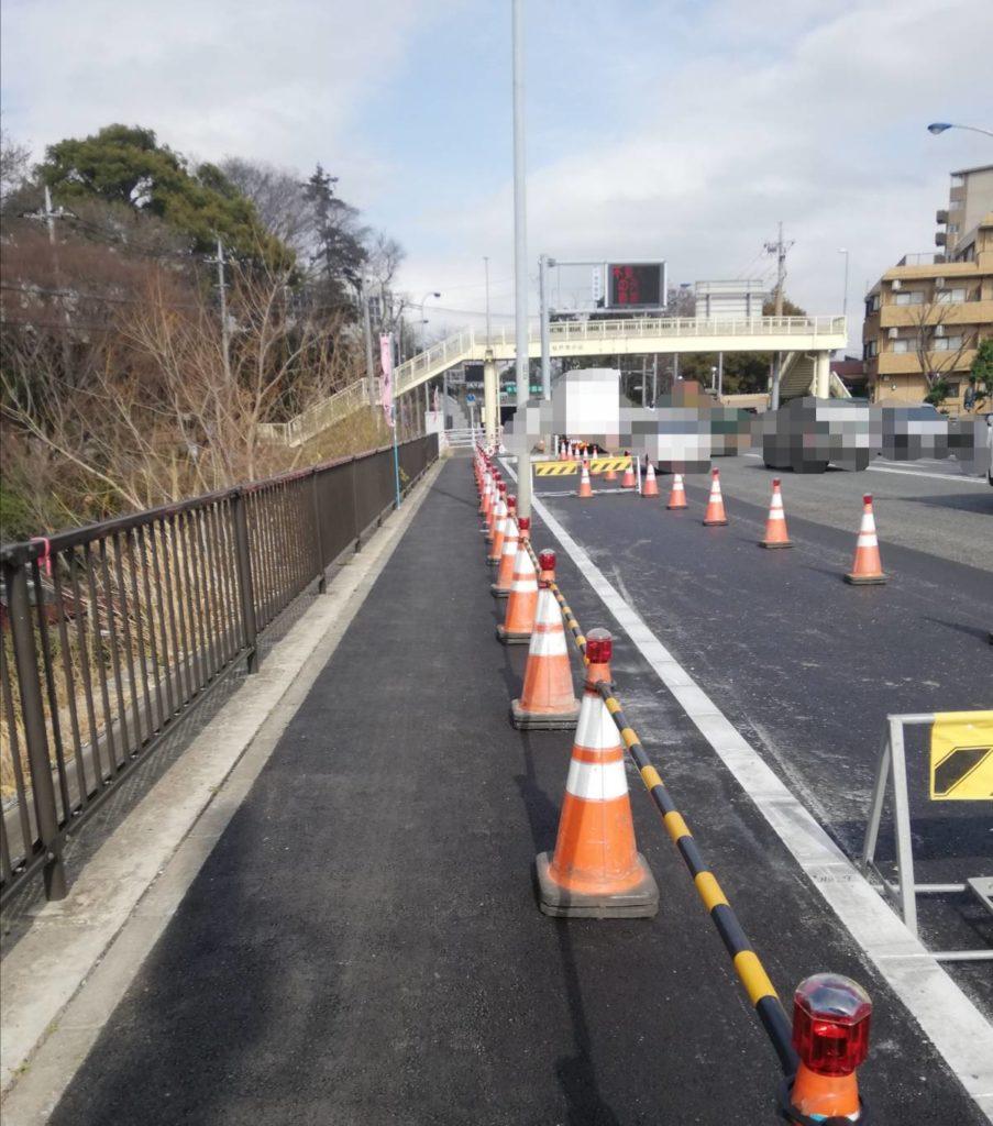 松戸警察署前交差点右折レーン信号表示3月25日