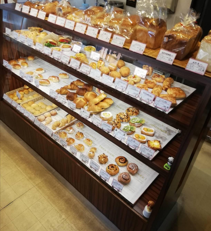 戸定あんぱん松戸駅前パン屋プリンス徳川カフェ